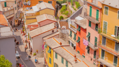 THE TINY TERRE: TIME-LAPSE FROM MANAROLA, CINQUE TERRE, ITALY
